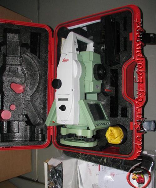 Leica-TCRP-1205-R400-with-CS15.jpg