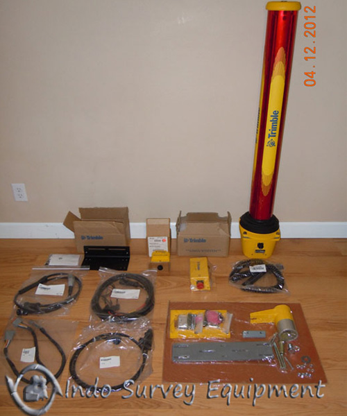 Trimble-SR300-with-GCS900.jpg