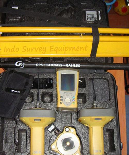 Used-Topcon-GR-3-RTK-with-FC200.jpg